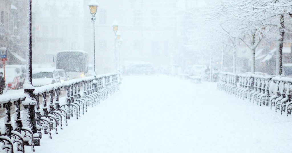 cold weather safety, cold weather safety tips, cold weather 2021, security specialists safety tips, power outage safety, security specialists safety